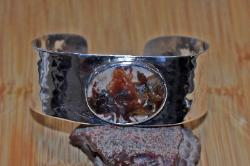 Marfa bouquet agate hammered cuff